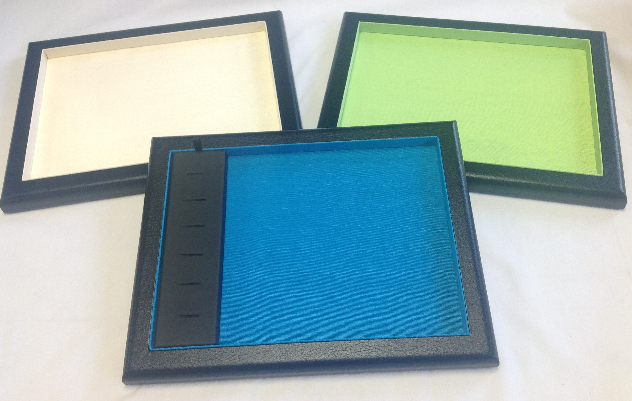 Coloured serving trays